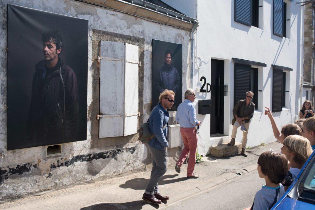 visite guidées d'une expo photo auprès des enfants du Morbihan 56